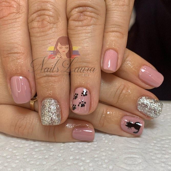 Unha permanente com design à mão livre Nails Laura . . . Para reservar hor ...