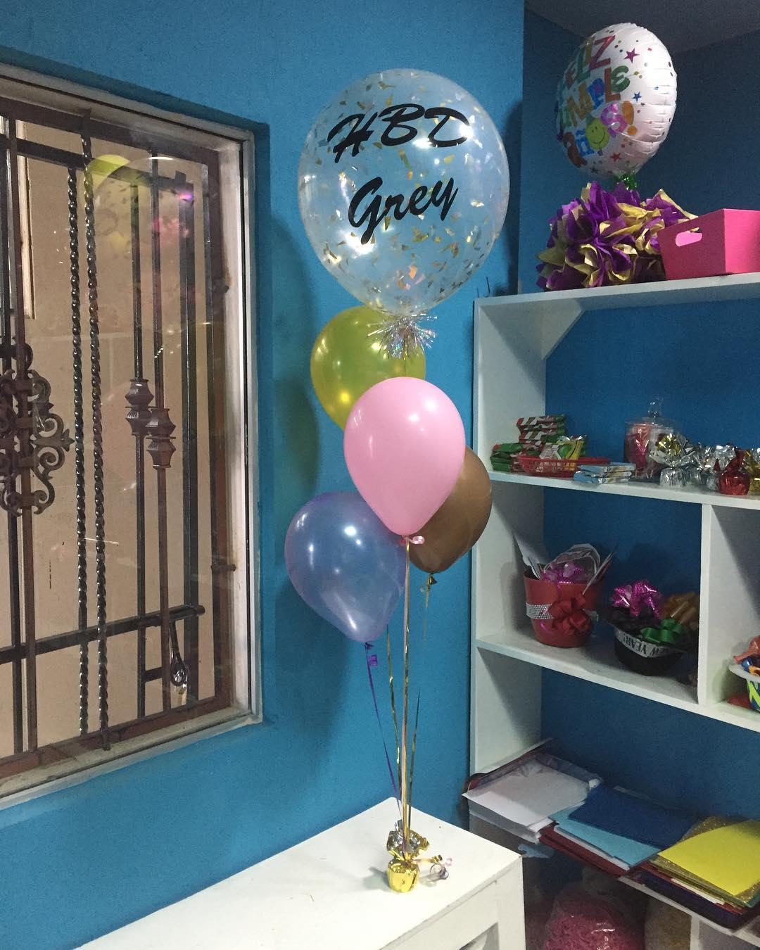 Visite Leah Party estamos localizados em Salcedo Street # 98 ao lado de Funerar ...