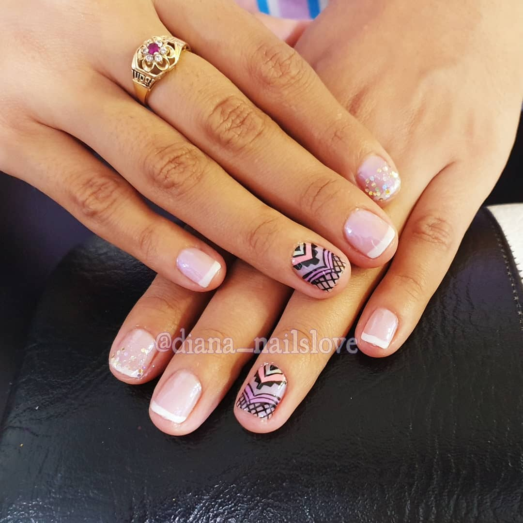 #beautiful nails # frenchnails #nailsdecorated # decorationdeweins ...