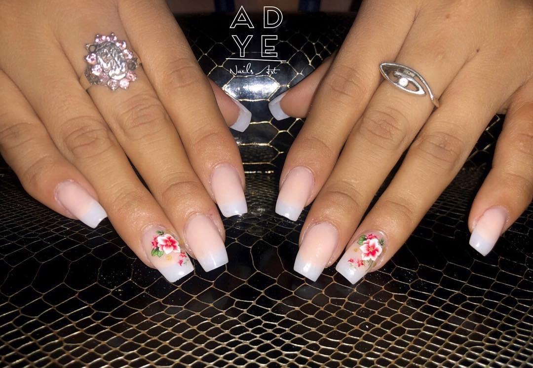Unhas esculturais . . . . . . #nails #glitternails #nailsofinstagram #nailsnails ...