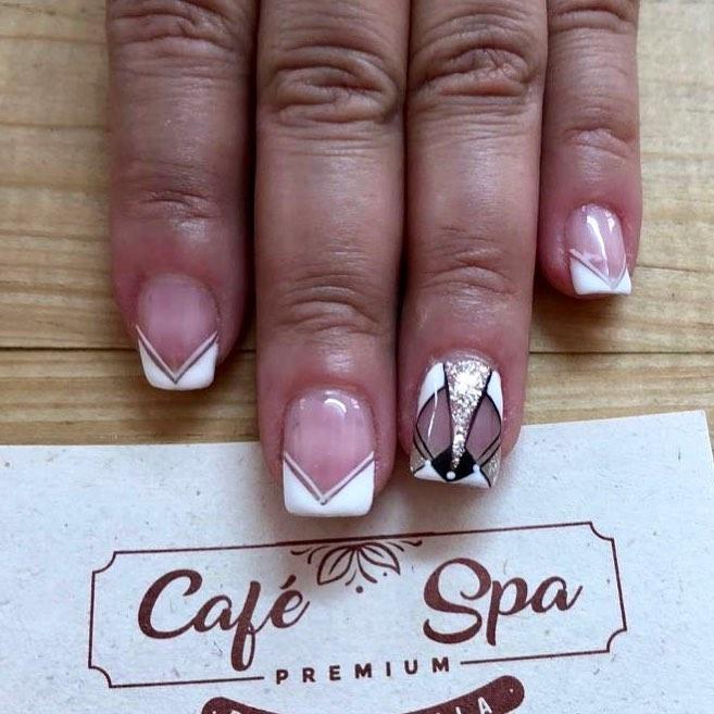 Nails em envidraçamento semipermanente e decoração com glitter Agende sua consulta 301530 ...