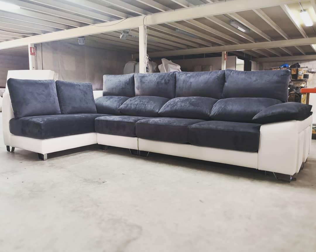 Sofá Alma 370x180cm Assentos Removíveis, Encostos Reclináveis, Lombar e Ce ...