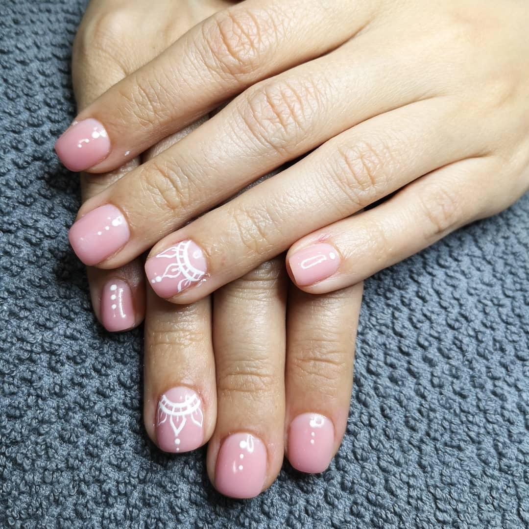 Uñas de gel con base en cover para @ dmcdeli. . . #nailsart #nails #gelisharmony ...