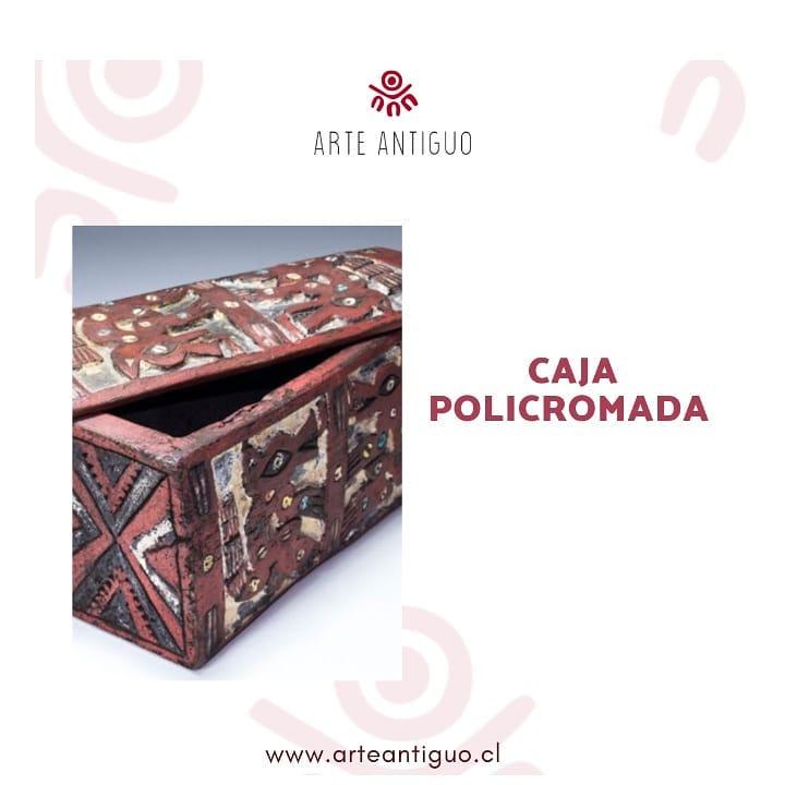 Linda caixa de madeira colonial pintada de vermelho, esculpida com motivos ...