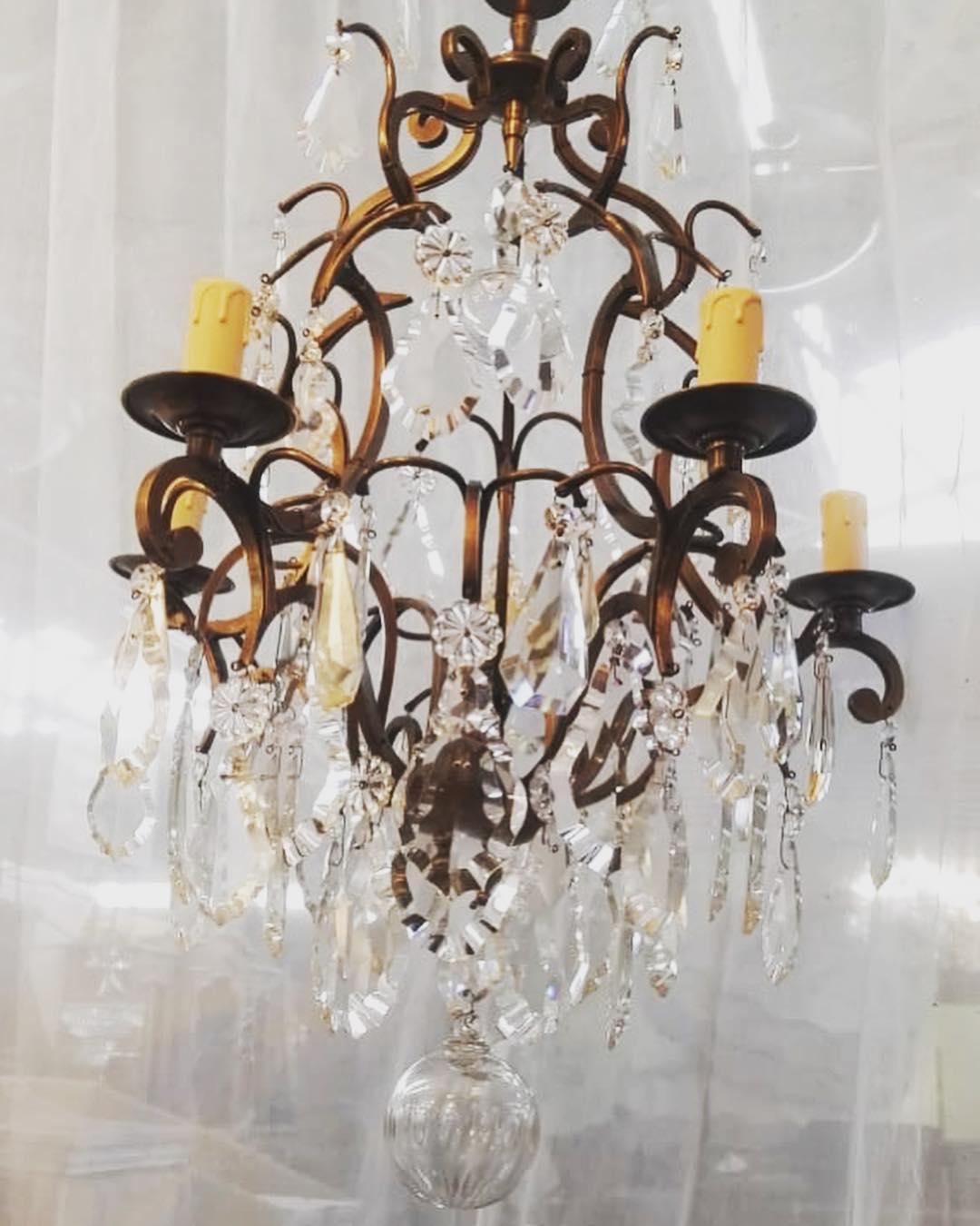 Projeto de cliente de lâmpada de vidro bronze antigo @lamparas_los_angelitos # design ...