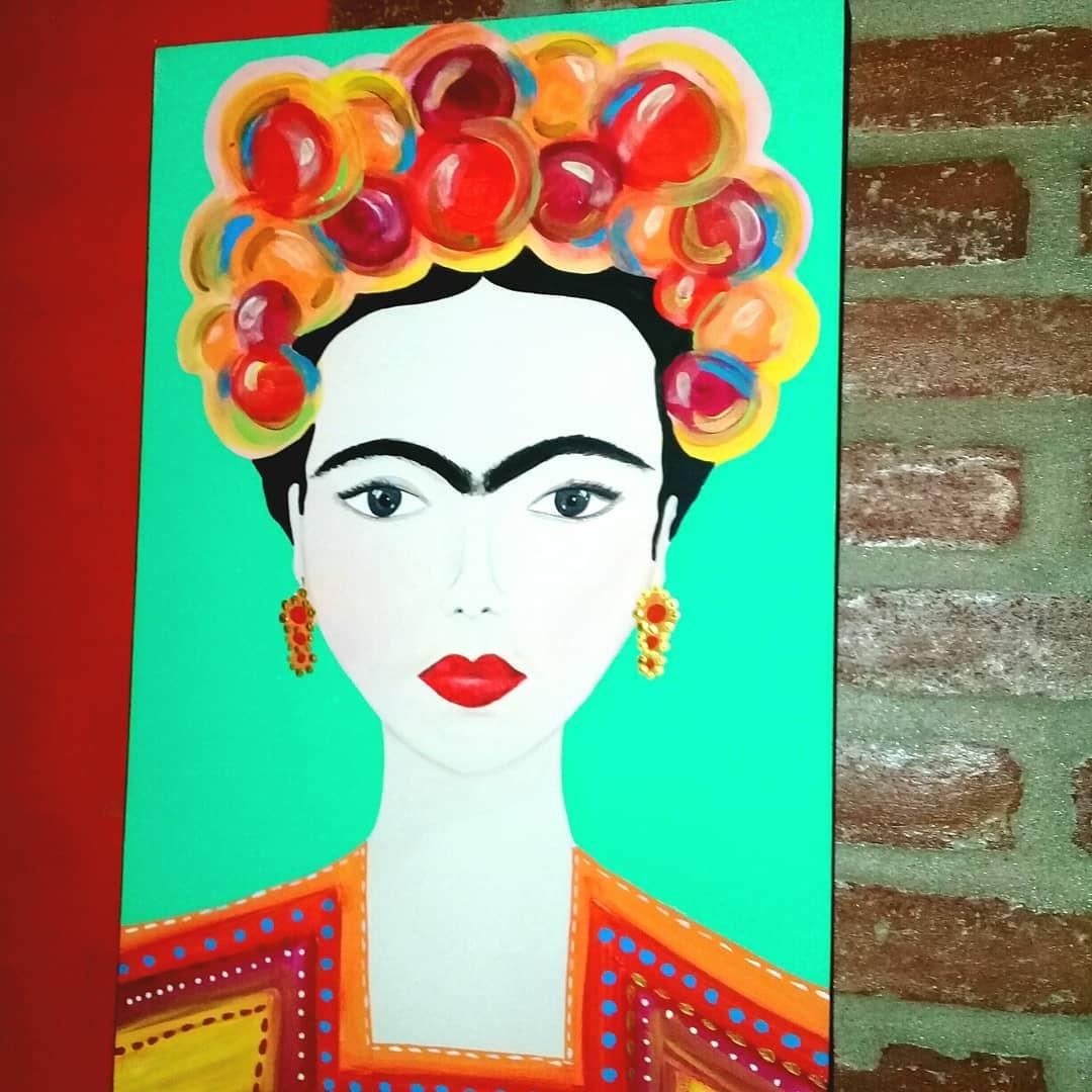 DISPONÍVEL #fridakahlo Design Exclusivo #diadelamujer Peça colorida feita ...